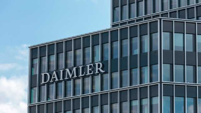 Daimler avalia a inovação israelense para a reciclagem de resíduos domésticos