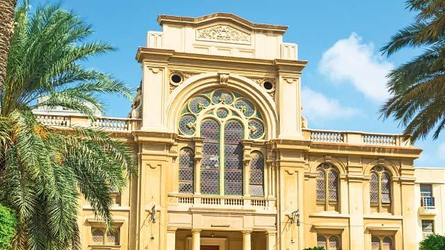 Ostentação em sinagoga histórica (quase) sem judeus