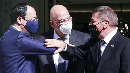 Ministro das Relações Exteriores de Israel em Atenas